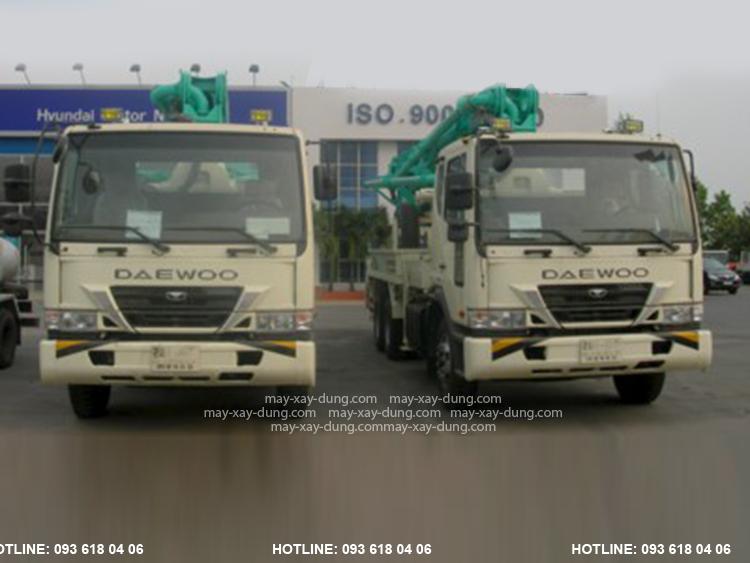 Everdigm 32ZX, xe bơm bê tông EVERDIGM cần 4 đoạn tầm với 32 m, mới 100%, Sản xuất Hàn Quốc