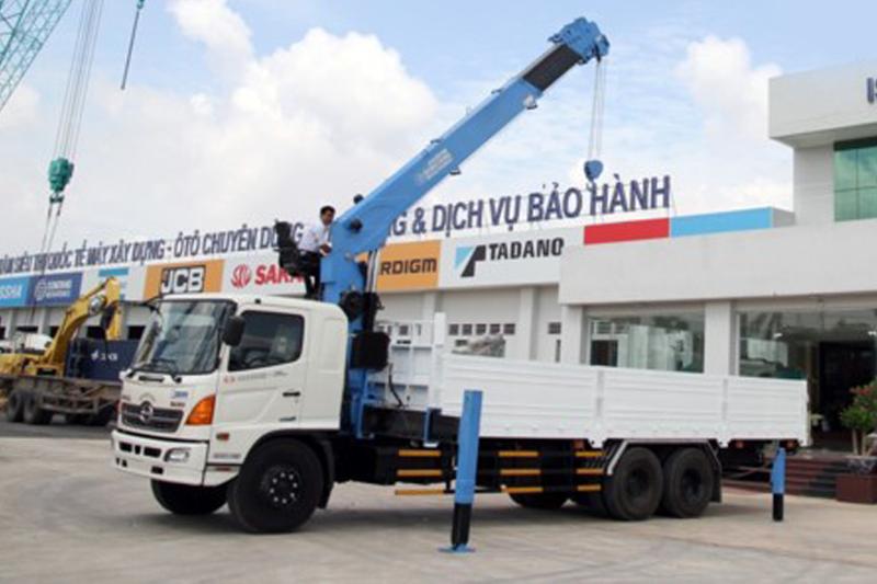 DONGYANG SS2725, cẩu tự hành DONGYANG, sức nâng 10 tấn, mới 100% , Sản xuất: Hàn quốc