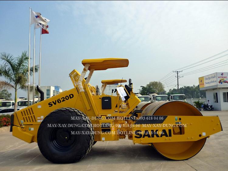 Lu rung Sakai SV620D, xe lu rung Sakai  một bánh thép, tự trọng 12,6 tấn, mới 100%, sản xuất Nhật Bản