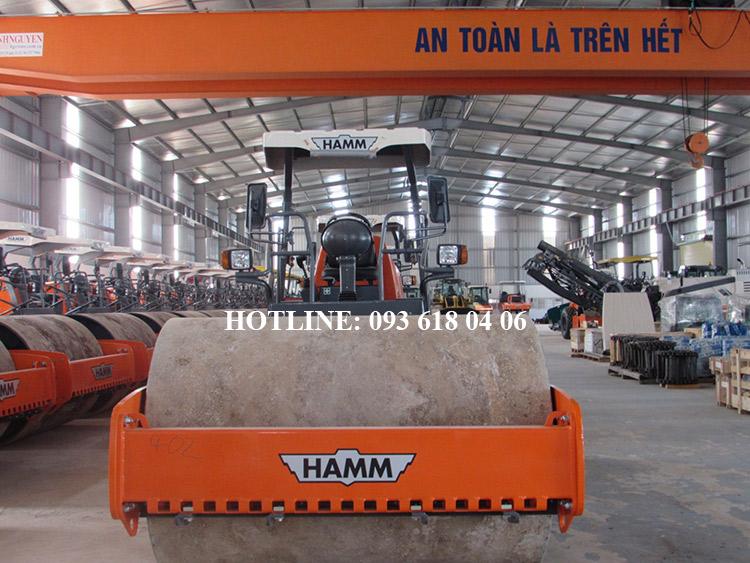 Lu rung Hamm 3410, xe lu rung Hamm một bánh thép, tự trọng 10,7 tấn, mới 100%, sản xuất Đức